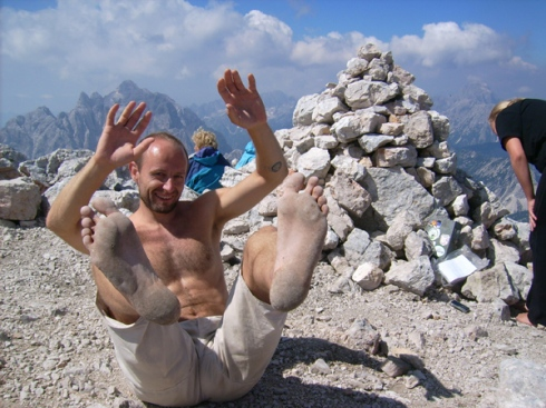 Barefoot on 2500 m mountain